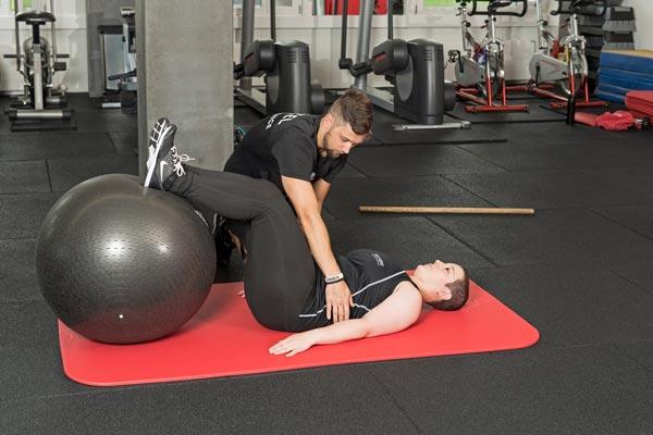 Atemübung: Abdominal Breathing bei Rückenschmerzen