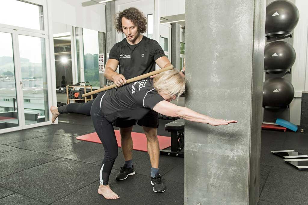 Birddog als Osteoporose Übung, Nejc Hojc Personal Training Systems